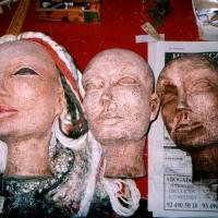 Création et fabrication des masques, marionnettes et costumes