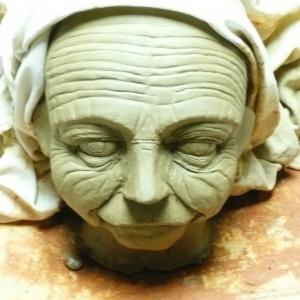 Création de masques de théâtre
